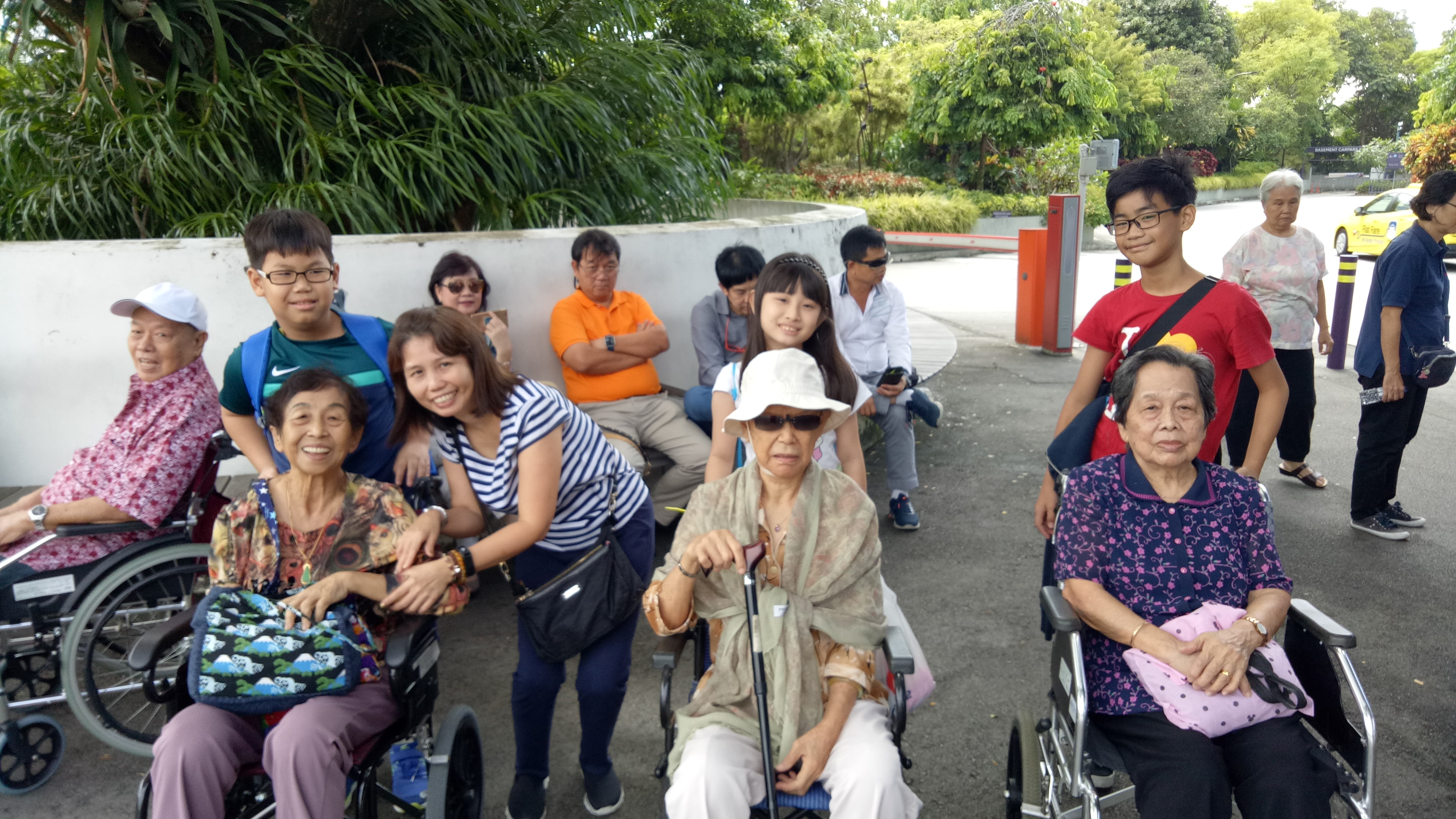 Inter-Generational Bonding - Outing to Gardens by the Bay (2)